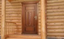 Деревянные двери на дачу с коробкой